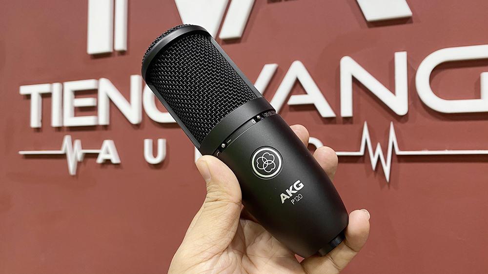 Micro thu âm AKG P120